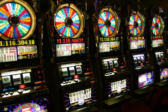 Игровые автоматы Вулкан казино - следуй за приключениями