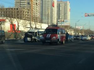 Пятеро пострадали в столкновении маршрутки с иномаркой