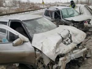 Водители ранены. Лобовое ДТП на Космонавтов