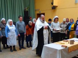 В Челябинске провели специальное богослужение для незрячих прихожан