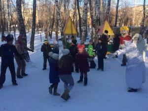 В парк Тищенко пришёл Дед Мороз и его «Щенячий патруль»