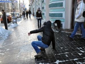 «Скользко!». Администрация Миасса озабочена состоянием тротуаров