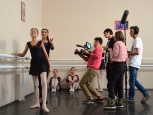«Ты уволена!». Челябинцы снимают короткометражку о выгнанной из-за старости балерине