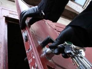 Наряд Росгвардии задержал мужчин, грабивших склады