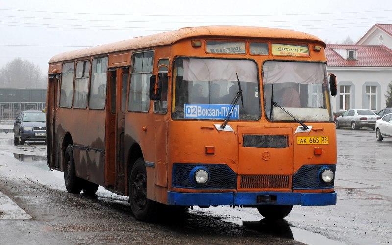 Последний легендарный автобус остается встрою в Унече
