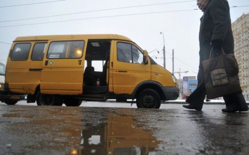 «Оскорблял весь салон…»: в Брянске пожаловались на маршрутчика