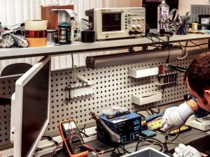14-летний подросток ограбил контору по ремонту сотовых телефонов
