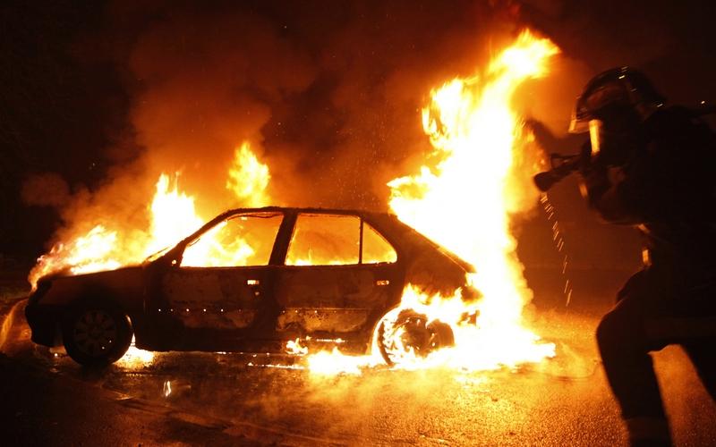 В центре Брянска горела легковушка — пострадавших нет
