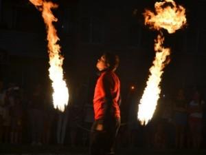 «Покорители огня». Челябинцы возродили древнее искусство маори