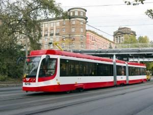 Сегодня в Магнитогорске презентуют 15 современных трамваев