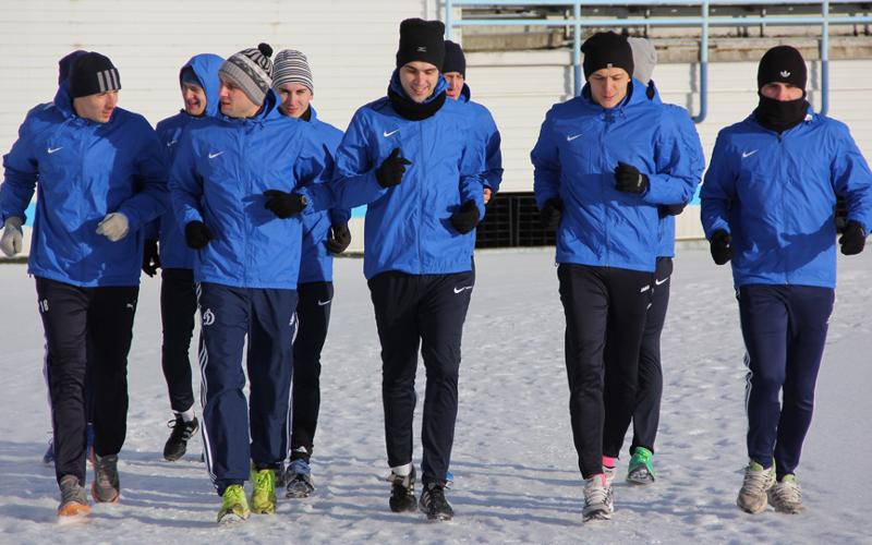 Великолепная десятка: футболисты брянского «Динамо» уже на поле