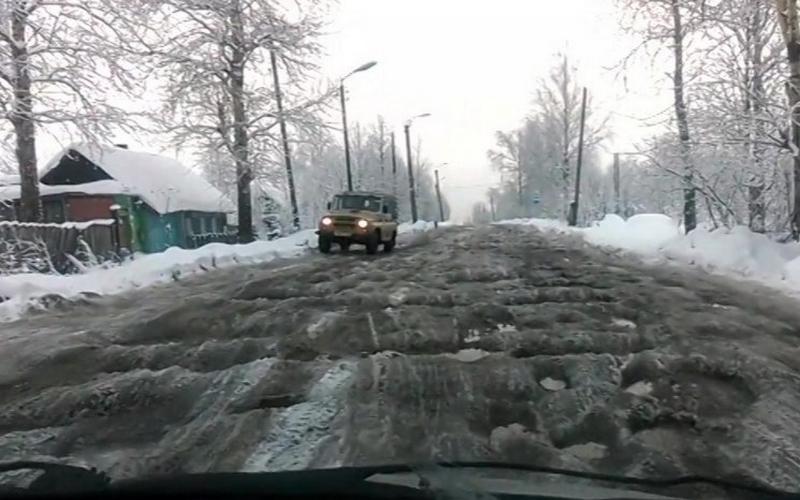 Суд обязал отремонтировать убитую климовскую дорогу