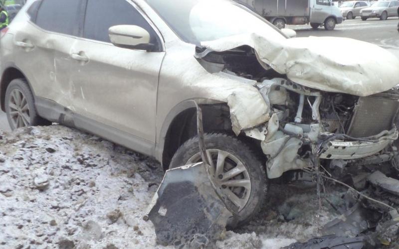 На брянской трассе в жутком ДТП погибли 32-летняя женщина и ее маленькая дочь