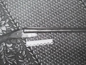 Под боевой патрон. Житель Сатки хранил у себя дома переточенный обрез двустволки