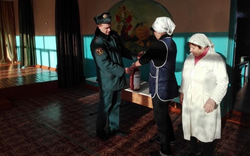 Брянские огнеборцы инспектируют избирательные участки