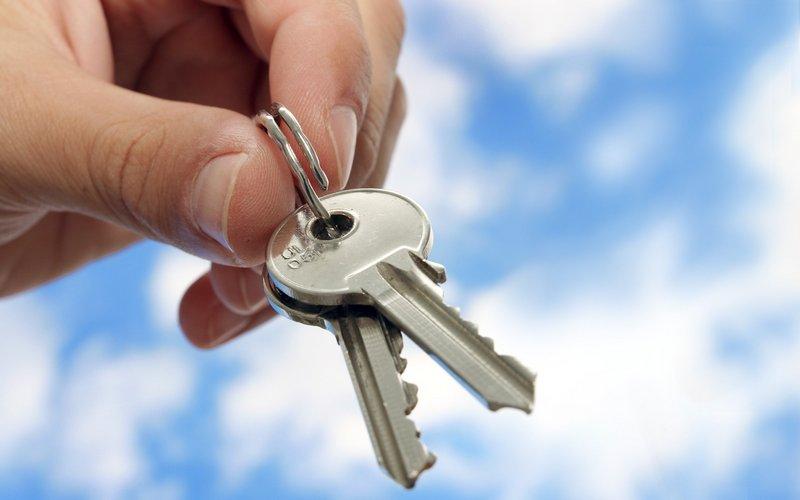 Обманутым брянским дольщикам пообещали квартиры летом