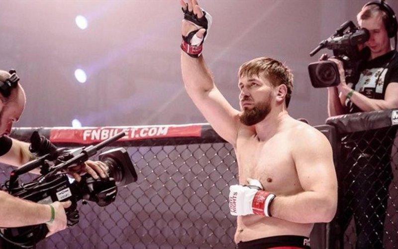 Виталий Минаков— впятерке лучших бойцов MMA России
