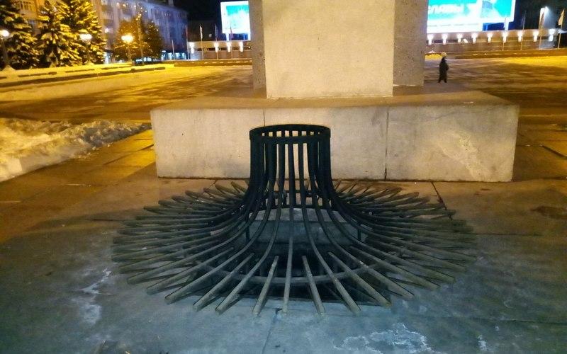 На площади Партизан погас Вечный огонь