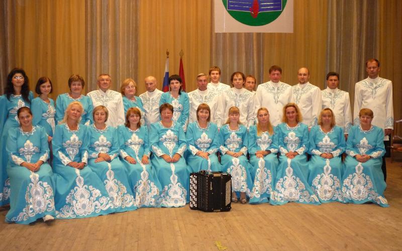 Брянцев пригласили отметить День всех влюбленных с оркестром