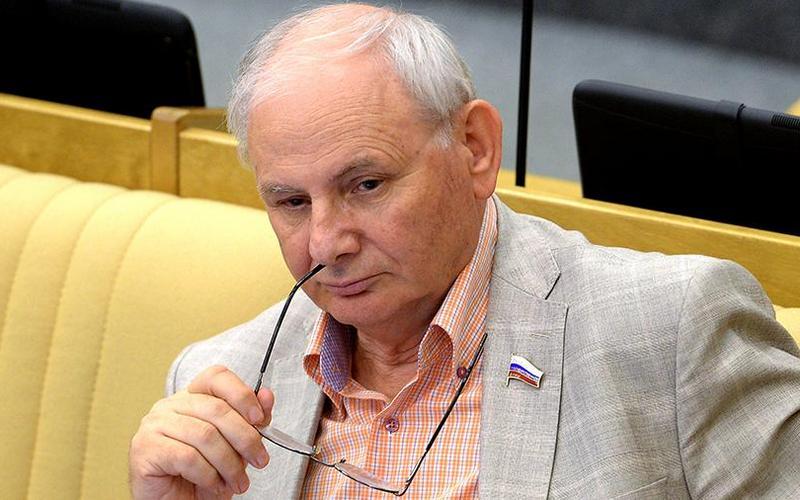 Умер секретарь Союза журналистов России Борис Резник