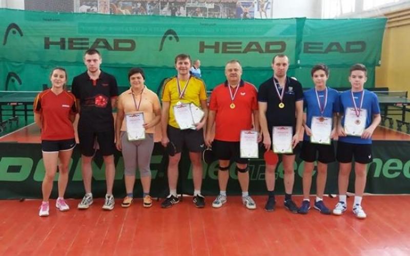 Теннисисты Брянска выявили победителей чемпионата города