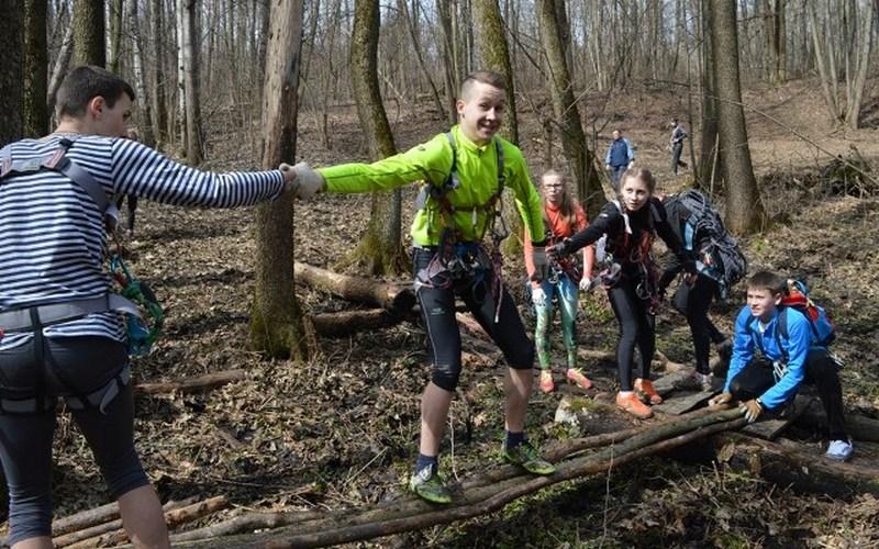 В Брянске объявили набор в школу инструкторов-проводников спортивного туризма