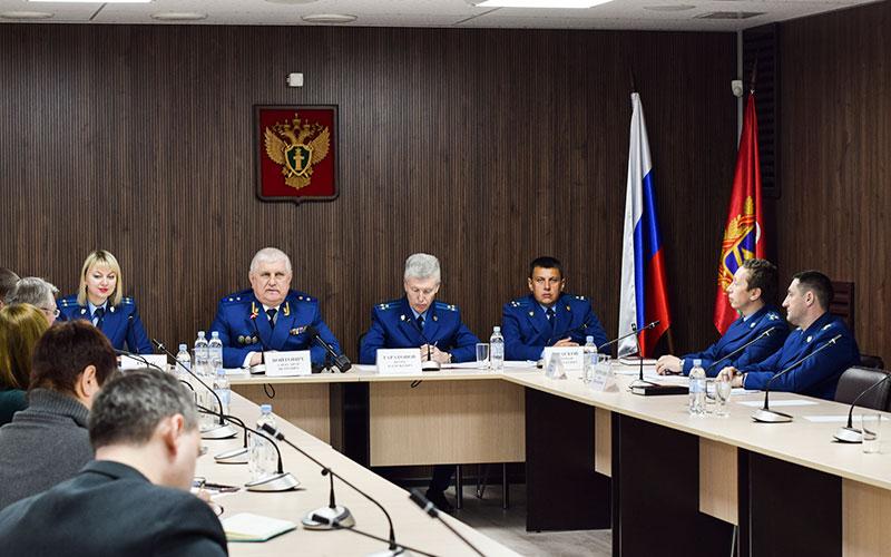Брянский прокурор окоррупционерах, детях исудьбе Коломейцева