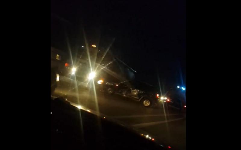 Под Брянском спасатели вытащили попавшего в ДТП водителя с помощью специнструмента