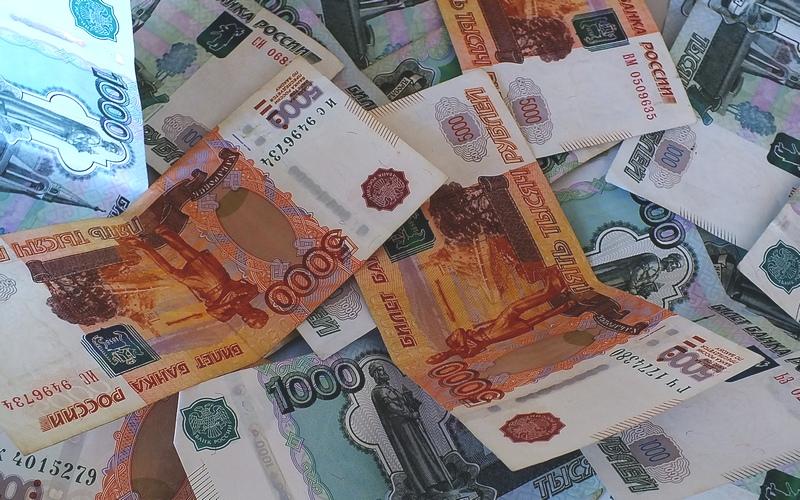 Отделался штрафом директор брянской фирмы, оставивший работников без зарплаты