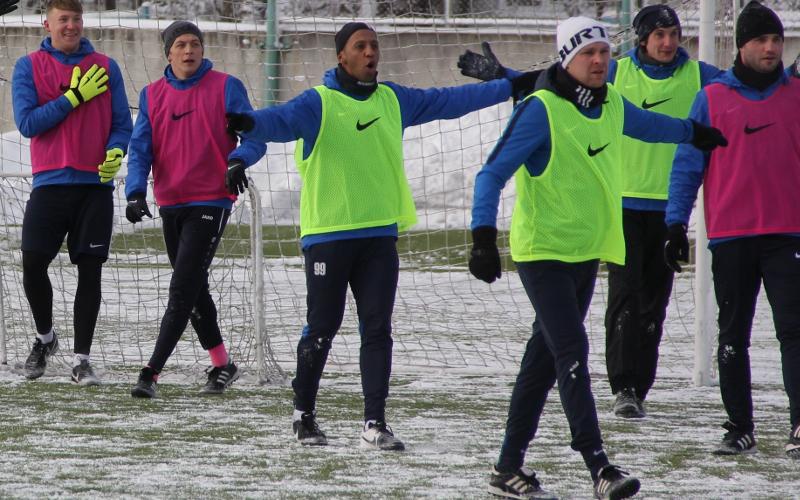 Брянское «Динамо» впряглось в тренировочный процесс по полной