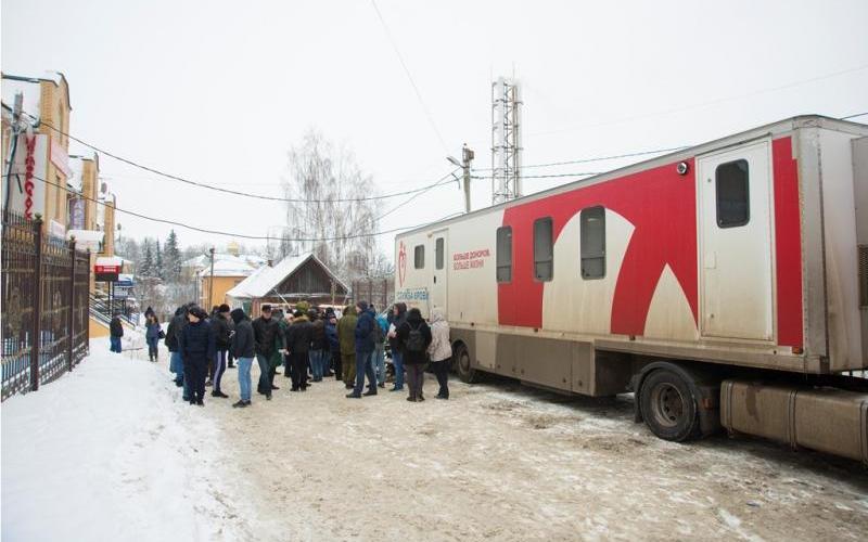 Брянские православные поделились кровушкой