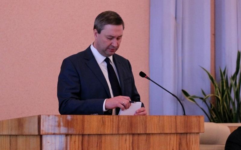 Угодивший в коррупционный скандал мэр Клинцов подал в отставку