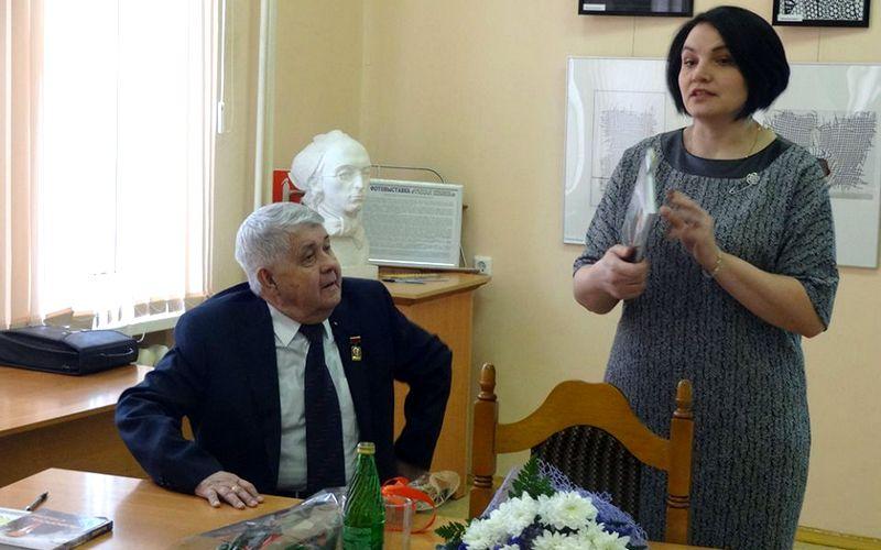 «Повороты судьбы» Юрия Лодкина заинтересовали брянских студентов