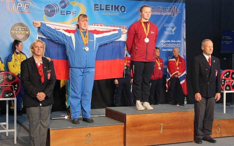 Брянские спортсменки показали силу на первенстве России