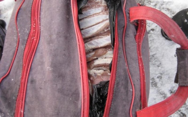Более тонны сала и мяса пытались ввезти в Брянскую область без документов