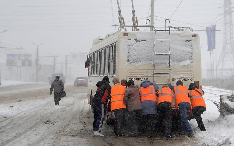 Глава Брянска Александр Хлиманков обещал вывести троллейбусное управление из кризиса