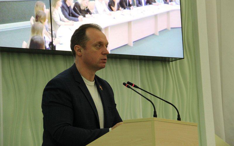 Депутата Брянской облдумы Сергея Антошина исключили из КПРФ