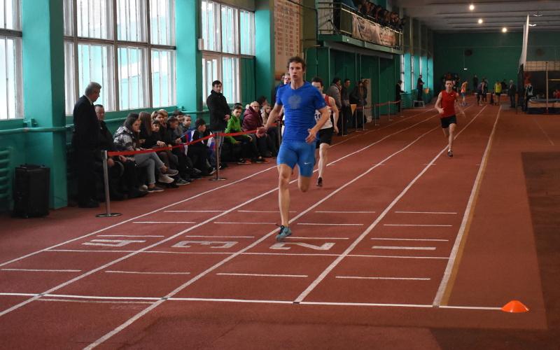 И быстрее, и выше: Мемориал В.Д. Самотесова по легкой атлетике в Брянске порадовал результатами