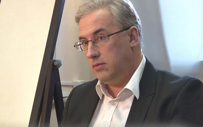 Ведущий НТВ Норкин подрался сукраинским политологом впрямом эфире