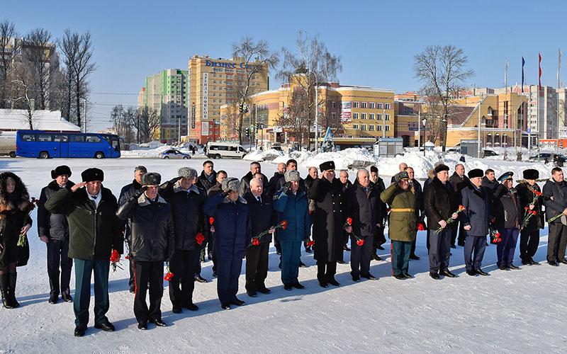 ВБрянске почтили память погибших защитников Отечества