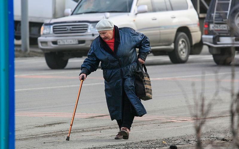 ВБрянске беспечная бабушка-пешеход едва непогибла вДТП