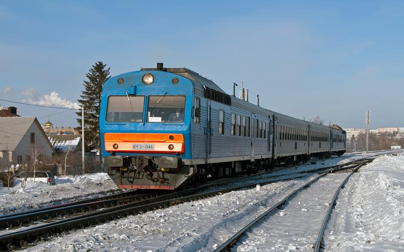 Напраздниках изменится расписание пригородных поездов