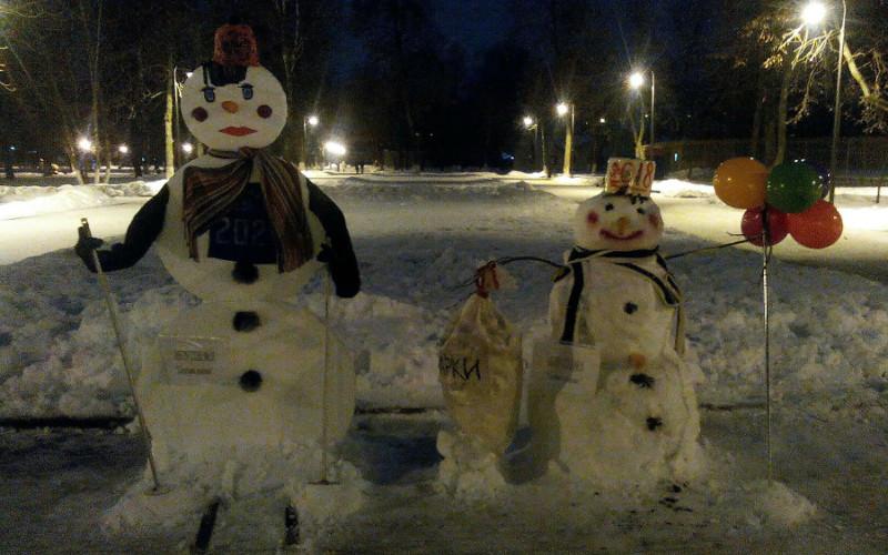Брянский парк наводнили снеговики