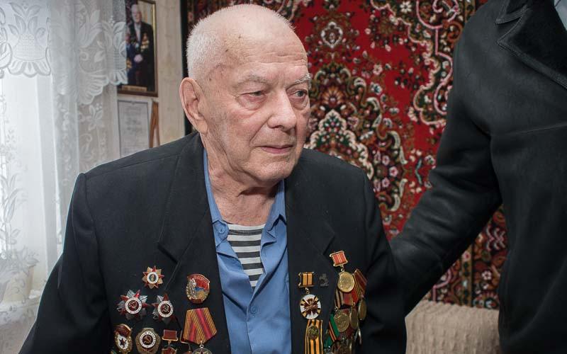 Легендарному брянскому разведчику исполнилось 95 лет