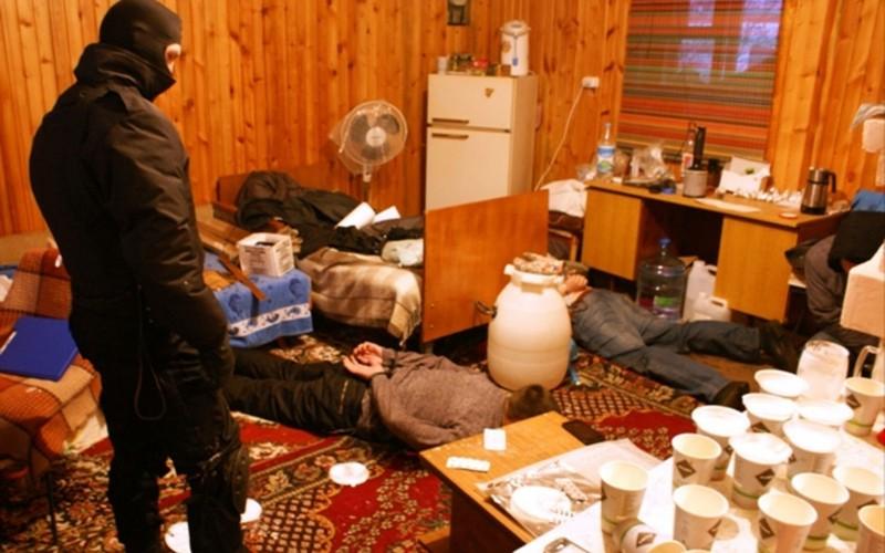 Молодой житель Брянска устроил в квартире нарколабораторию