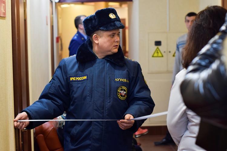 Прокуратура и сотрудники МЧС приехали с проверкой в ТРЦ «Мельница» и нашли серьезные нарушения