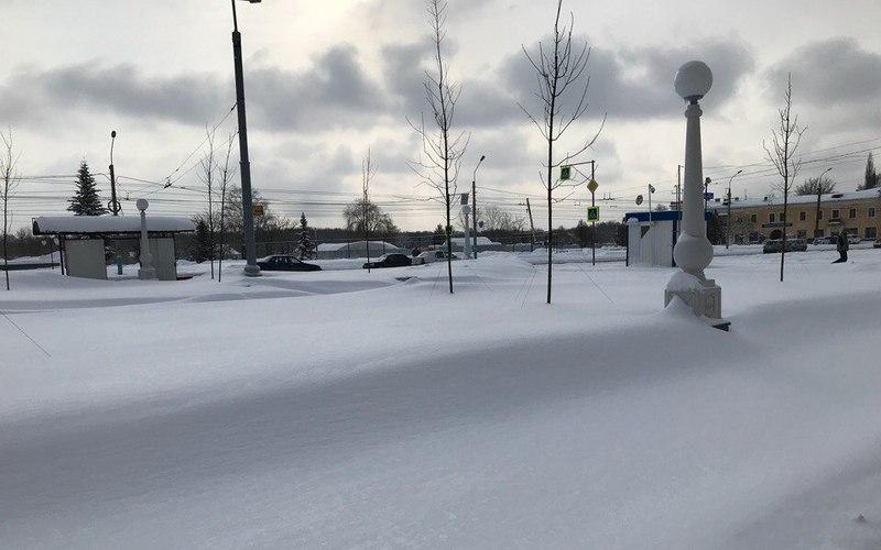Снежный апокалипсис: Брянск превратился в сплошной сугроб