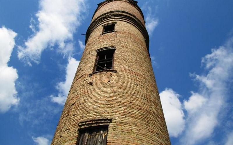Комаричской администрации велели найти хозяина для водонапорных башен