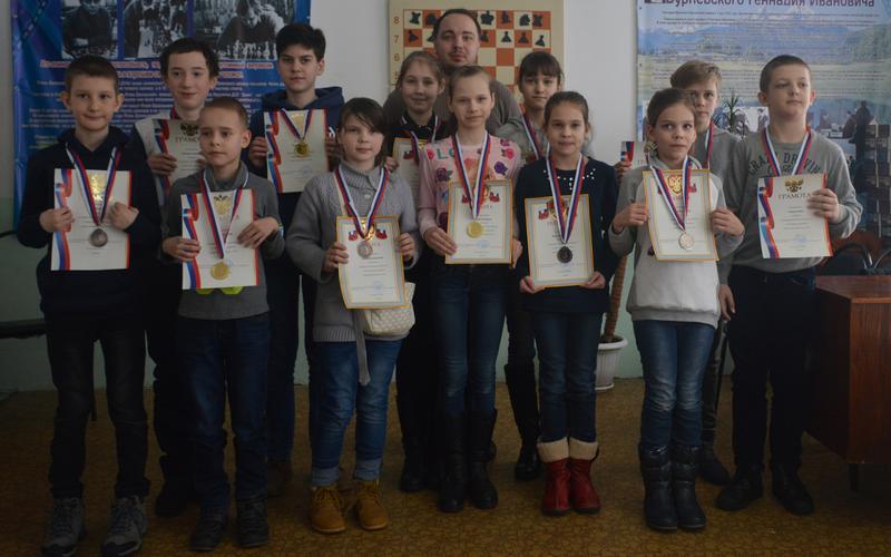 В Брянской области определили лучших юных шахматистов