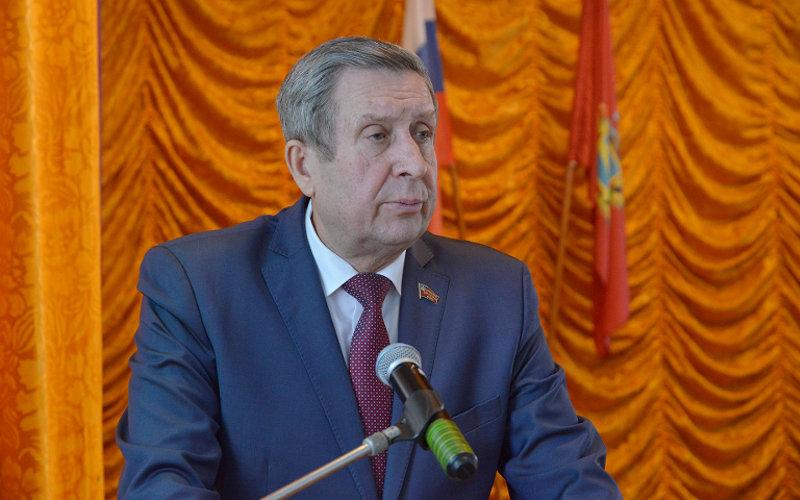 Губернатор опять критиковал своего предшественника